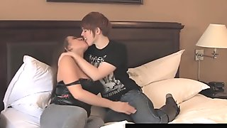 BDSM Babe Samantha Grace Pussy Fucked By Lily Cade!